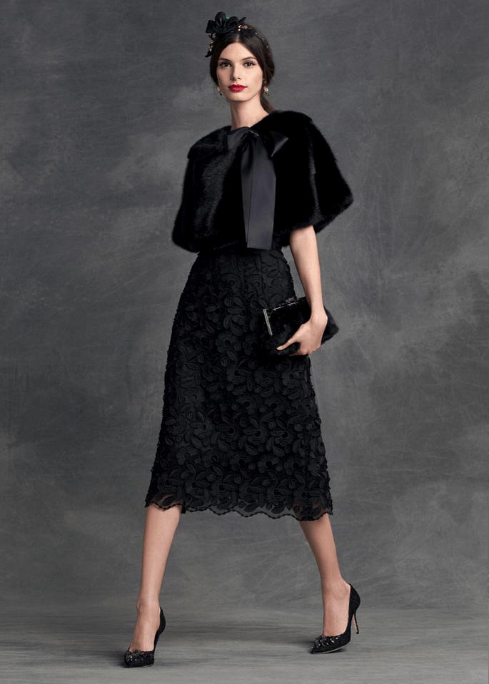 Foto: Dolce & Gabbana O que usar com vestido de festa no frio?