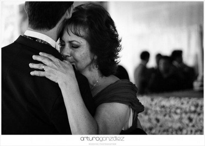 Haz que tu mamá luzca preciosa el día de la boda - Foto Arturo González