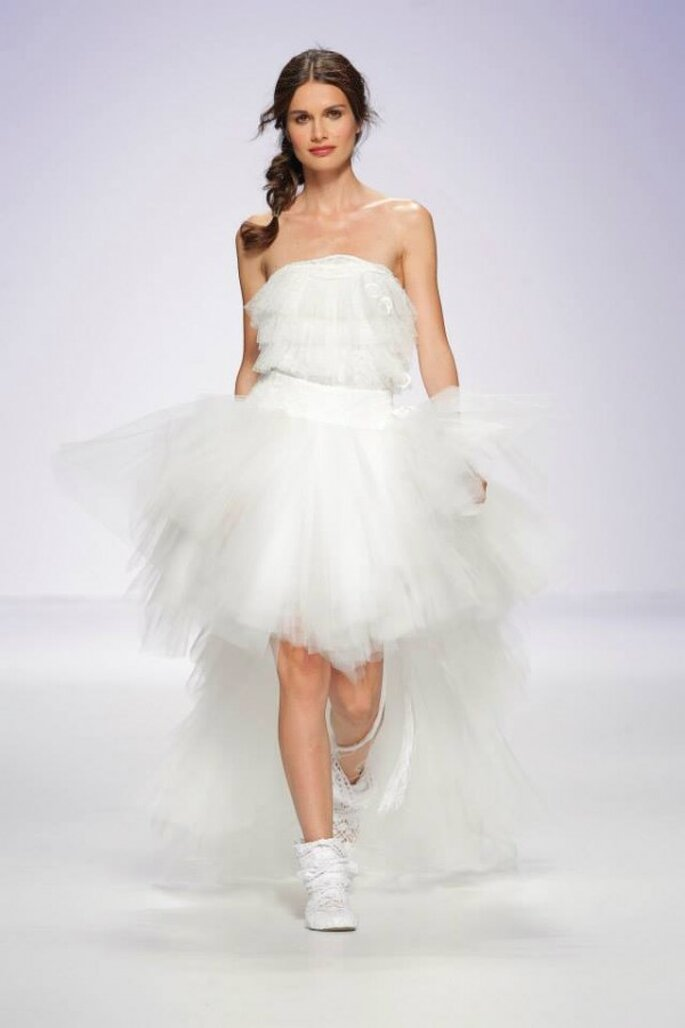 Vestidos de novia cortos que nos fascinan - Foto Jordi Dalmau