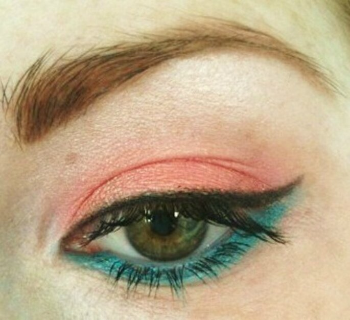 Maquillage et tenue pastel, on joue la carte de la fraîcheur ! - Photo : Chrys'alide