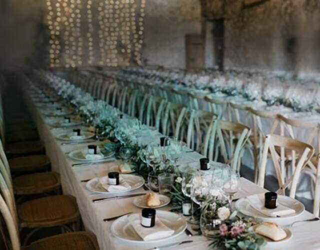 Blumendekoration für die Zeremonie für Ihre Hochzeit