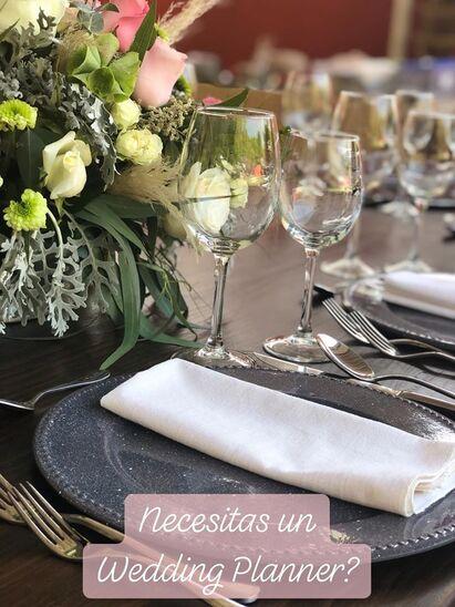 Lizette Reyes Wedding Planner