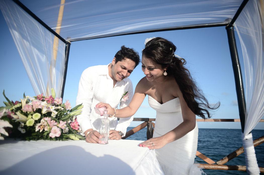 Felicidad es el resultado de un buen trabajo del organizador de bodas