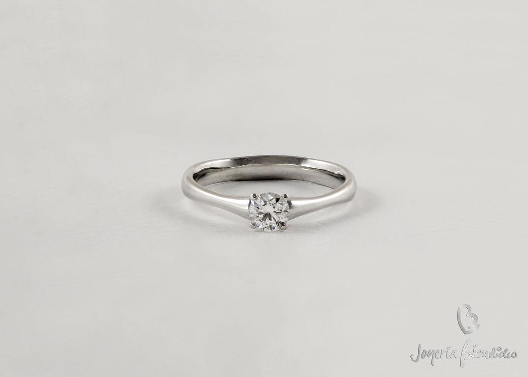 Solitario de diamante