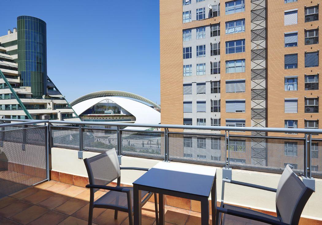 Hotel NH Las Artes