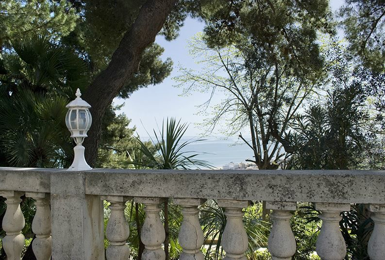 Alhambra Residenza d'Epoca