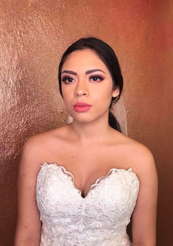 Ana Álvarez Makeup Artist