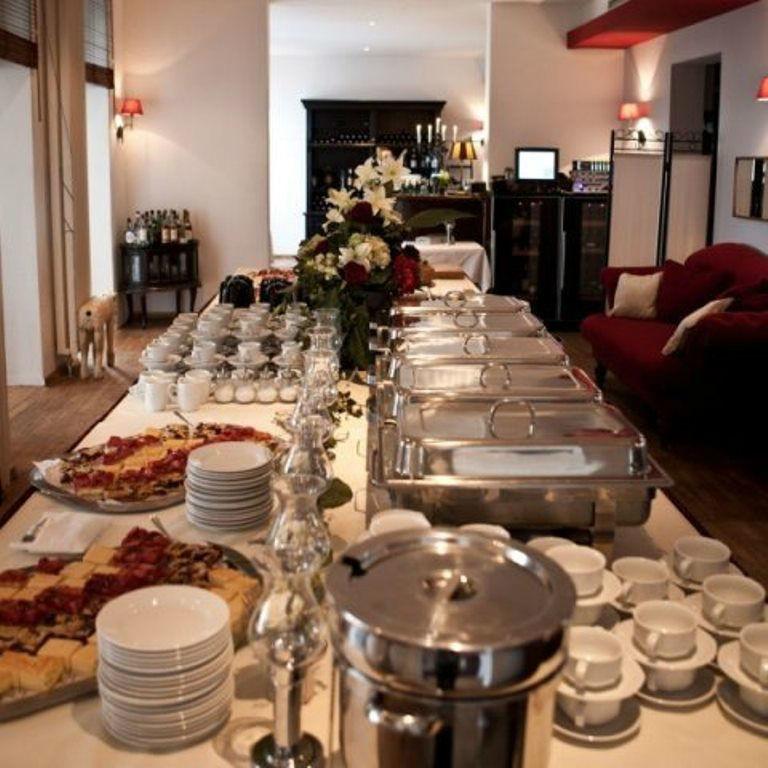 Beispiel: Büffet, Foto: Hotel Restaurant Seeterrassen Wandlitzsee.