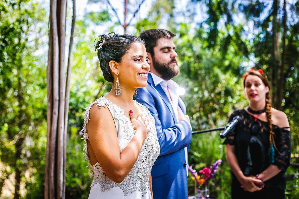 Samuel Perez y Veronica Sanchez y su ceremonia Maya-Tolteca realizada por la Antropóloga social Catalina Fernández en La Arbequina Foto: Inspira Fotografía Documental