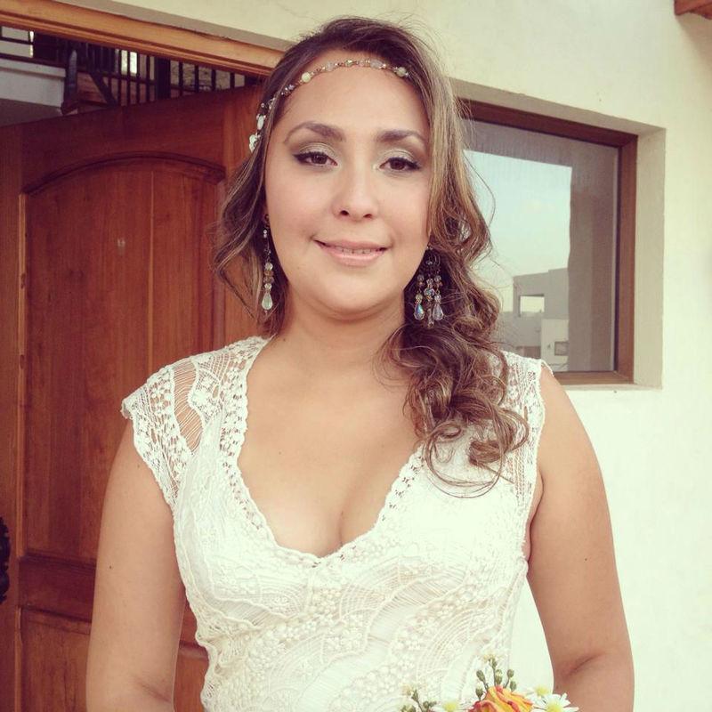 Maquillaje Camila Cruz.