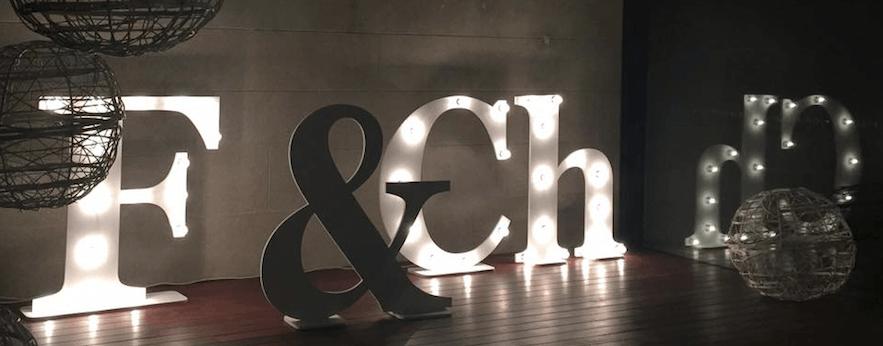 Letras, símbolos y más