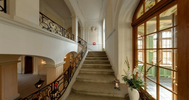 Beispiel: Aufgang, Foto: Schloss Proschwitz.