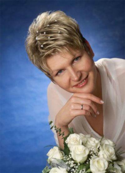Beispiel: Für die Schönheit der Braut, Foto: Sabine Pleyer-Binder.