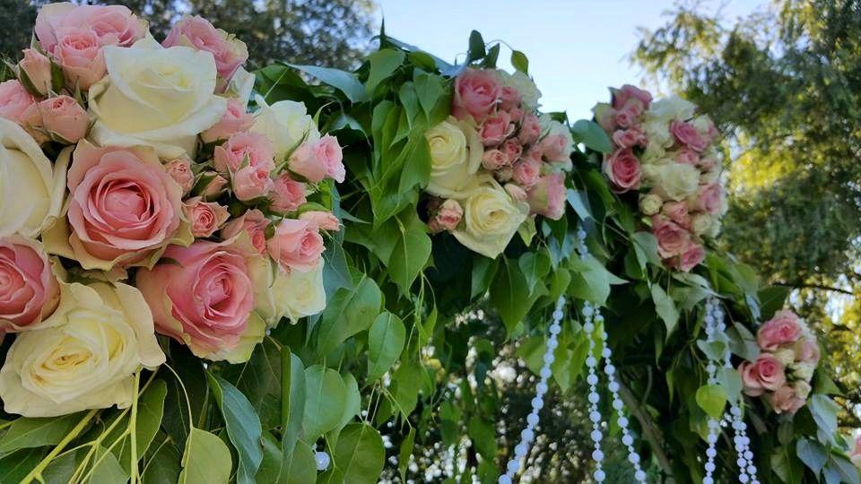 Arco con rosas