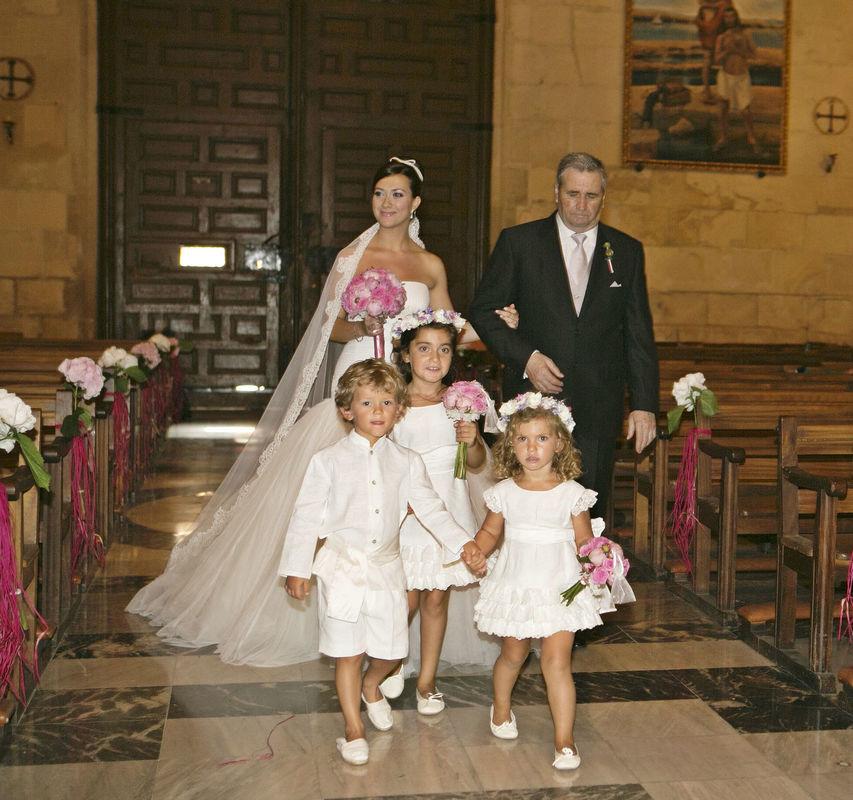 Niños de arras vestidos por Leonor & Sofía