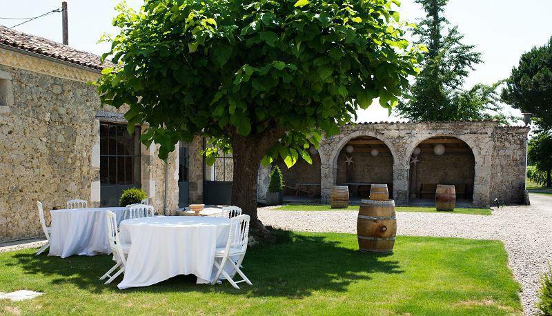 Château La Hitte La cour