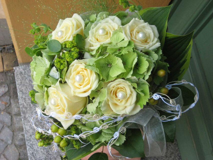 Beispiel: Brautstrauß, Foto: Blumen-Heidi - Die Floristen-Werkstatt.