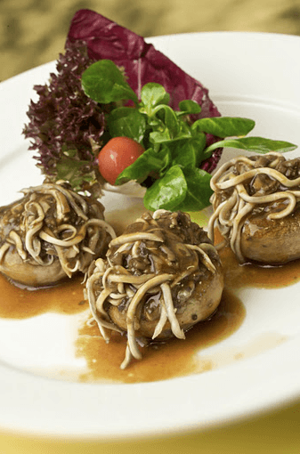 Champiñones Rellenos de Gulas con Salsa Teriyaki