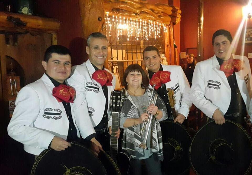 Mariachis Luna Del Calle Calle