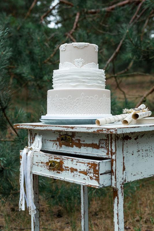Romantic Forest Wedding, Wedding Cake