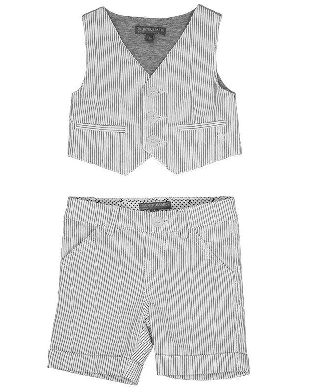Beispiel: Der Anzug für Ihr Kind, Foto: tausendkind.
