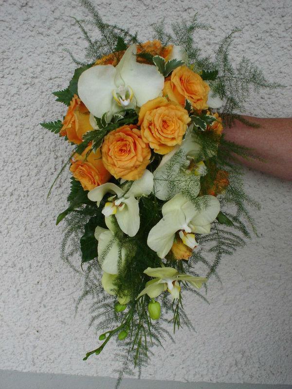 Beispiel: Brautstrauß in gelb, Foto: Hotz Gärtnerei.