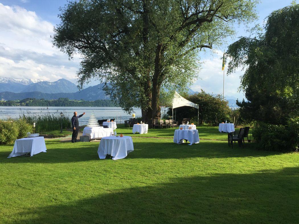 Schloss-Park am See
