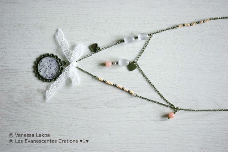 Collier baroque en dentelle de calais et perles de verre