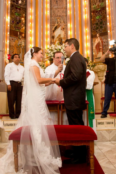 Fotografía especializada en bodas y servicio de video - Foto Promedia Producciones