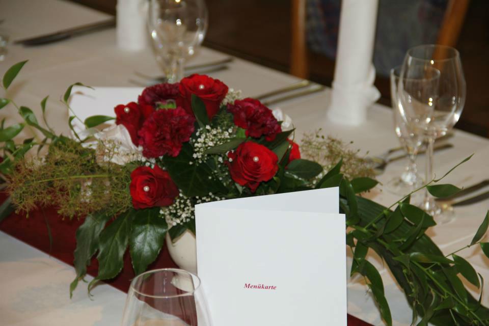 Beispiel: Tischdekoration, Foto: Clubhaus Bramfelder SV.