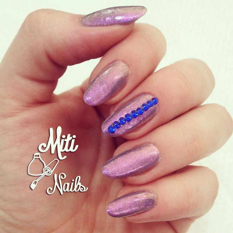 Miti Nails