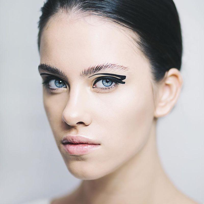 Стилист-визажист Виктория Шнайдер