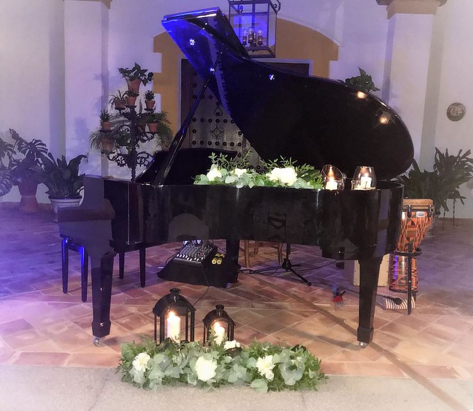 Manuel Butrón - Piano Wedding