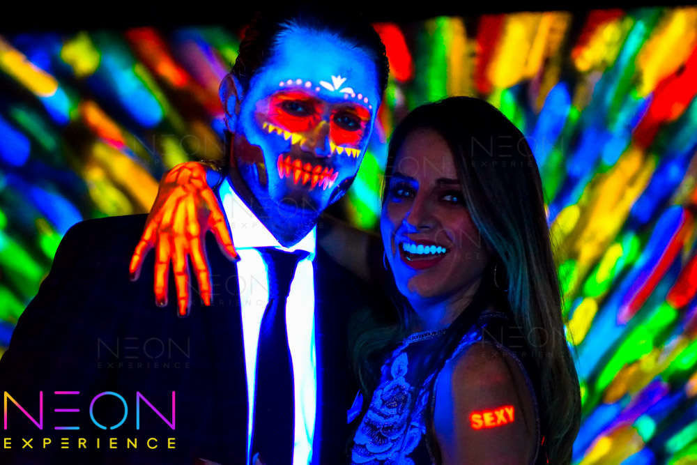 NEON Experience - Pinta a todos tus invitados
