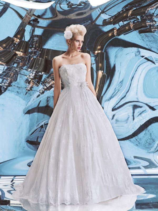Кружевное свадебное платье А-силуэта с обрезным корсетом от Helen Miller