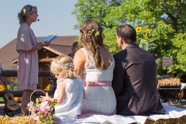 Gemütliche Hochzeit auf dem Bauernhof