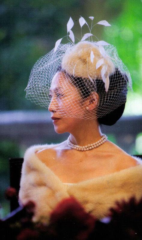 Cappellino in pelliccia con veletta
