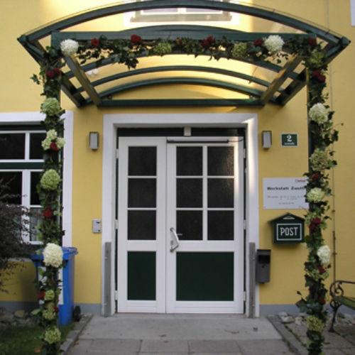 Beispiel: Blumengirlanden, Foto: Blumen Beilner.