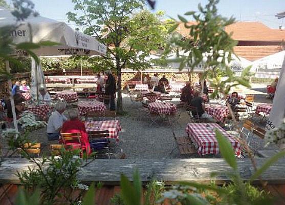 Beispiel: Biergarten, Foto: Landgasthof Lacherdinger.
