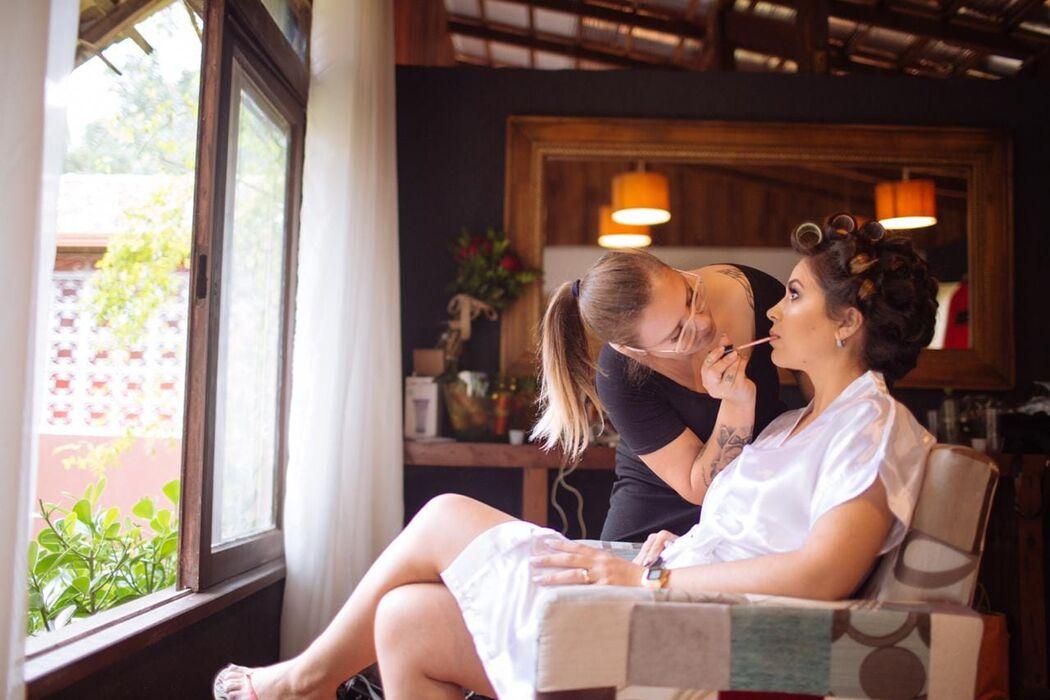 Mayumi Medeiros Make Up