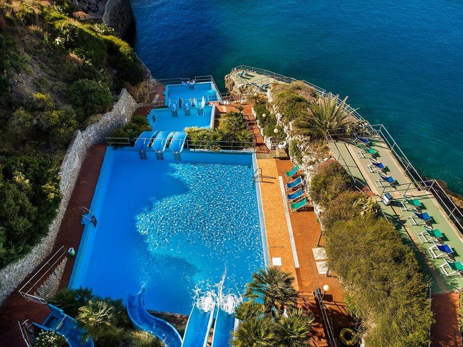 Resort Village Terrasini