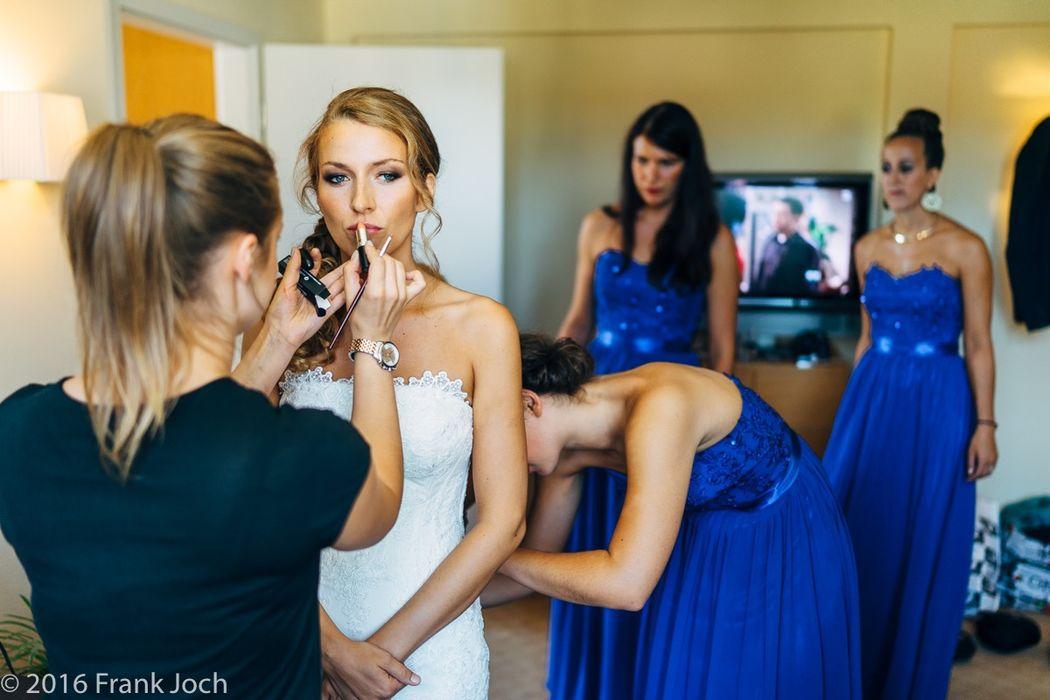 Getting Ready auf Schlosss Liebenberg während der Hochzeitsreportage