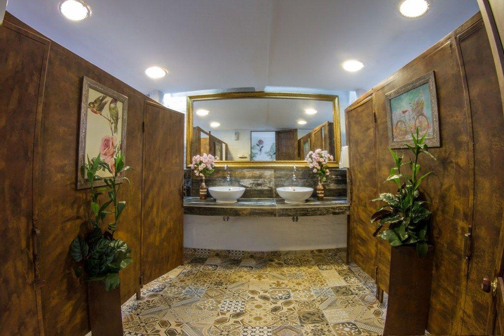 Baños Salón