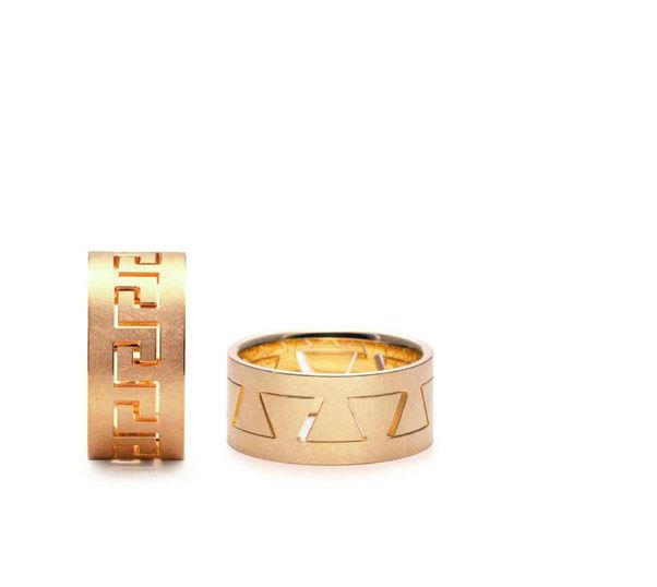 Beispiel: Trauringe - Gold, Foto: Karin Bauer.
