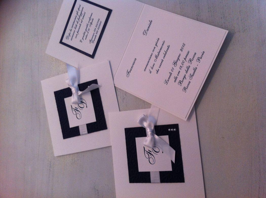 Partecipazioni invito matrimonio blue bianco con iniziali