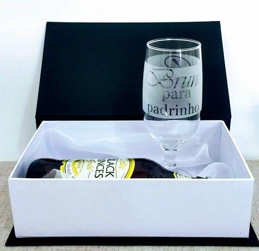 Caixa Cartonada em Papel Rígido Com Taça de Vidro Personalizada : Modelo Floripa