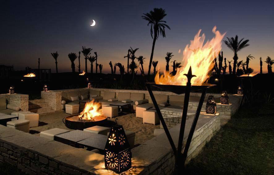 Beispiel: Romantischer Abend beim Feuer, Foto: FTI Touristik.