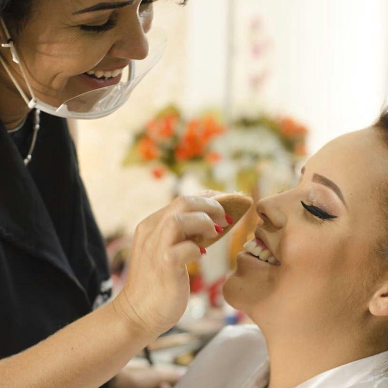 Viviane Passos Makeup Hair