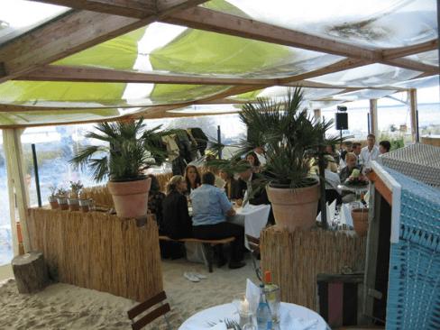 Beispiel: Hochzeitsgesellschaft, Foto: Strandoase Surendorf.
