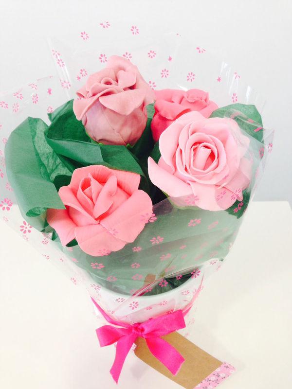 Cakepops en forma de rosa
